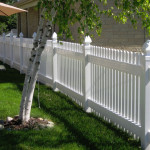 how-to-clean-vinyl-fence