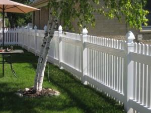 vinyl fences in milwaukee